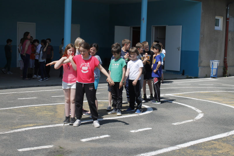 Ecole-Roger-Ferdinand-juin-2016-50